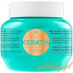 Maska do włosów Kallos Keratin. Keratynowa maska do włosów z proteinami mleka do włosów suchych, łamiących się i poddanych zabiegom chemicznym. Dzięki zawartości keratyny i regenerujących protein mleka odbudowuje naturalną strukturę włosów, wypełniając ubytki w ich włóknach. Odżywia i chroni suche, łamiące się włosy. Po zastosowaniu włosy stają się łatwe do układania, miękkie w dotyku i lśniące.