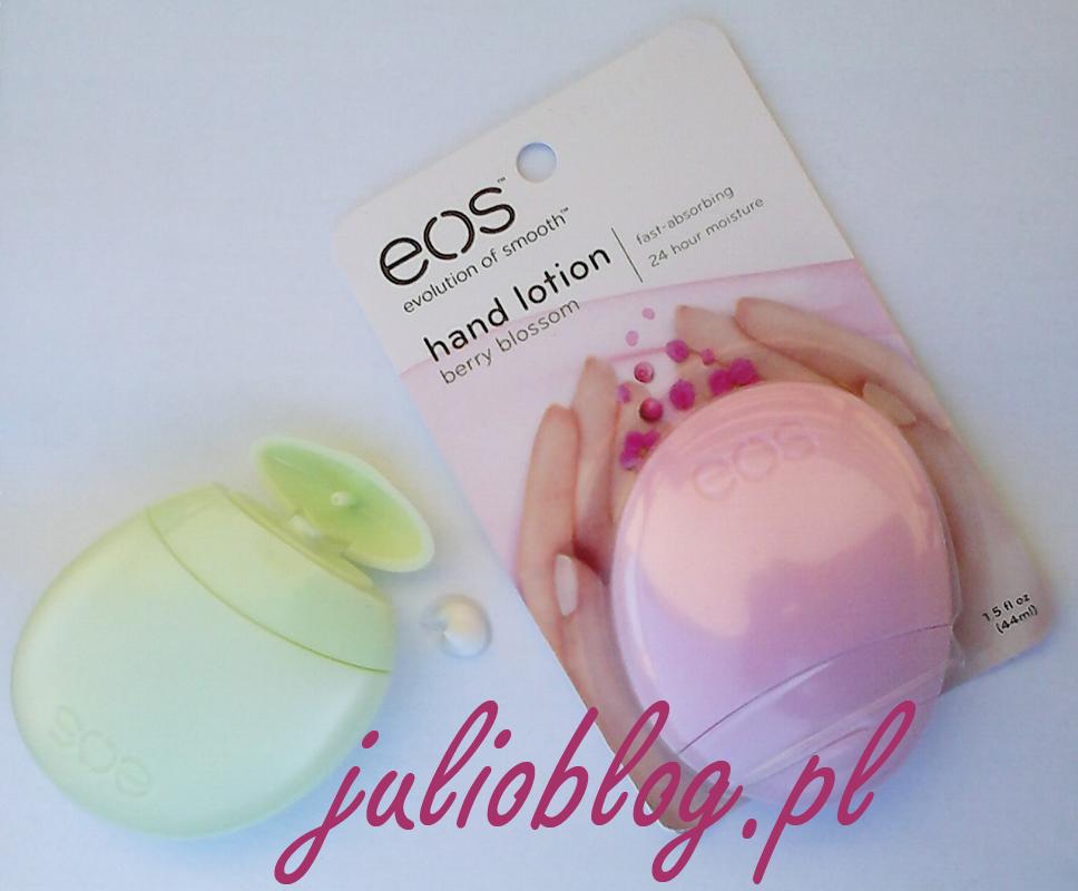 Naturalny balsam do rąk EOS Berry Blossom głęboko nawilża skórę sprawiając, że dłonie stają się aksamitnie gładkie jak nigdy dotąd (lub baaardzo dawno temu). Opakowanie balsamu EOS jest równie efektowne, co poręczne. Zapach kwitnących jagód dopełnia perfekcyjną pielęgnację! Balsam do rąk eos: zawiera 95% składników organicznych - posiada elitarny certyfikat USDA ORGANIC jest w 97% naturalny nie zawiera parabenów, ftalanów ani lanoliny to produkt bezglutenowy nie testowany na zwierzętach testowany dermatologicznie hypoalergiczny Certyfikowany produkt organicznyCeryfikat USDA ORGANIC U.S.A.Produkt wegetariańskiNietestowany na zwierzętach Składniki: WATER (EAU), GLYCINE SOJA (SOYBEAN) OIL, COCOGLYCERIDES, GLYCERYL STEARATE, DIMETHICONE, GLYCERIN, CETEARYL ALCOHOL, SODIUM STEAROYL LACTYLATE, HELIANTHUS ANNUUS (SUNFLOWER) SEED OIL, BUTYROSPERMUM PARKII (SHEA BUTTER), MACADAMIA TERNIFOLIA SEED OIL, ALOE BARBADENSIS LEAF JUICE, AVENA SATIVA (OAT) MEAL EXTRACT, TETRAHEXYLDECYL ASCORBATE, TOCOPHERYL ACETATE, RETINYL PALMITATE, FRAGRANCE (PARFUM), CARBOMER, METHYLCHLOROISOTHIAZOLINONE, METHYLISOTIAZOLINONE, DMDM HYDANTOIN, SODIUM HYDROXIDE, TETRASODIUM EDTA, BHT.