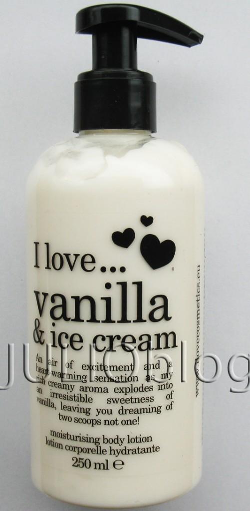 Balsam do ciała I love vanilla & ice cream. Działanie: nawilżające Rodzaj skóry: skóra normalna, skóra mieszana. Nawilżający balsam do ciała wygładza skórę, pozostawiając ją miękką i delikatną w dotyku. Balsam owija ją aromatycznym welonem o zapachu lodów waniliowych. 250ml w Douglas 29,90zł Produkty marki I love… to urzekające kosmetyki o smacznym jak również namiętnym zapachu. Linie zostały nazwane zgodnie z owocami na których bazują. Daj się uwieść rajskimi kombinacjami zapachów i zakochaj się w luksusowej słodyczy! 29,90zł za 250ml w Douglas. Bogaty, kremowy aromat wybucha nieodpartym urokiem słodkiej wanilii, powietrze wypełnia się podnieceniem, serce rozgrzewają emocje, a Ty marzysz o dwóch gałkach lodów, zamiast jednej! I love… kosmetyki co ciała i loveProdukty marki I love… to urzekające kosmetyki o smacznym jak również namiętnym zapachu. Linie zostały nazwane zgodnie z owocami na których bazują. Daj się uwieść rajskimi kombinacjami zapachów i zakochaj się w luksusowej słodyczy! Douglas cena za 250ml to 29,99zł