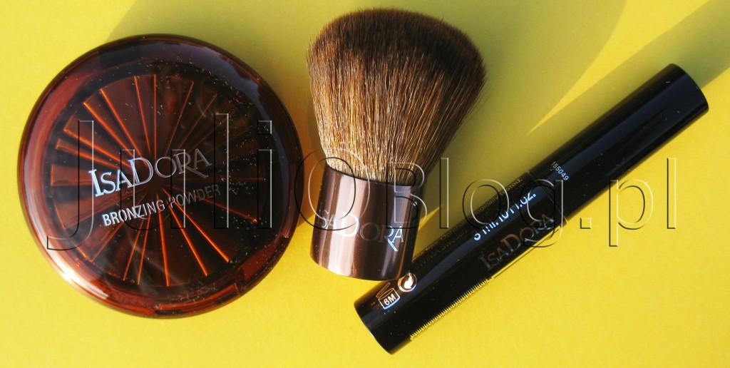 Puder-brązujący-IsaDora-Bronzing-Powder-w-odcieniu-nr-45-HIGHLIGHT-TAN,-mały-pędzelek-kabuki-i-miniaturowy-tusz-do-rzęs-IsaDora-Precision-Mascara-Deep-Black