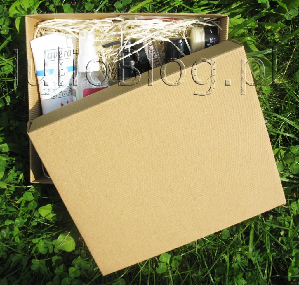 julioblog.pl-box-subskrybcyjny-pudełko-subskrybcyjne-kosmetyki-naturalne-naturalnie-z-pudełka-lipiec-2015-otwieram-openbox-co-jest-w-środku-zawartość-jakie-kosmetyki