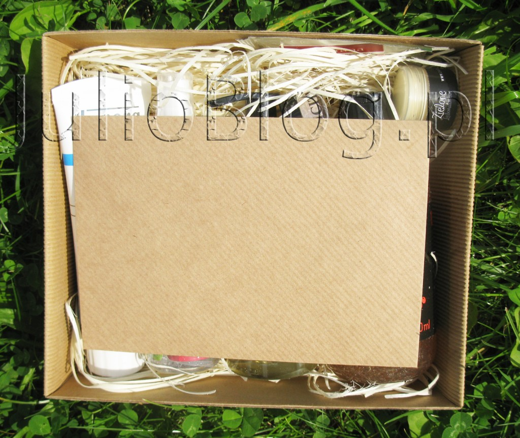 julioblog.pl-box-subskrybcyjny-pudełko-subskrybcyjne-kosmetyki-naturalne-naturalnie-z-pudełka-lipiec-2015-otwieram-openbox-co-jest-w-środku-zawartość-jakie-kosmetyki-koperta-ulotka
