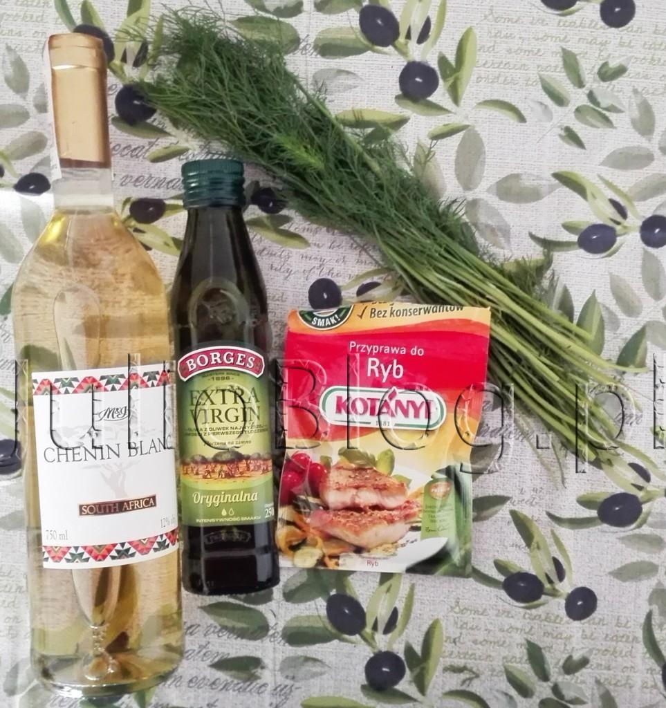 julioblog.pl-przepisy-Białe-wino-Żabka-MI-Chenin-Blanc-Oryginalna-Oliwa-z-oliwek-z-pierwszego-tłoczenia-Extra-Virgin-Borges-przyprawa-do-ryb-kotanyi pietruszka zielona natka