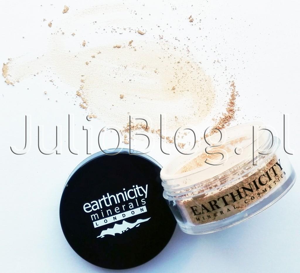 Earthnicity-Minerals-All-Natural-Mineral-Make-Up-podkład-mineralny-Earthnicity-Minerals-London-Honey-Beige-SPF15-9G-89.90zł-julioblog.pl-blog-Julii-recenzja-opinia-poradnik-porady-aplikacja