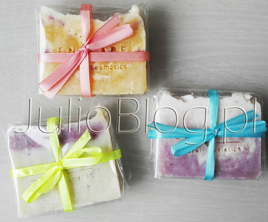 naturalne-mydla-enklare-natural-cosmetics-recznie-robione-mydlo-enklare-made-in-poland-pure-soap-julioblog-pl-blog-julii-naturalne-polskie-kosmetyki-naturalna-pielegnacja-wrazliwa-skora