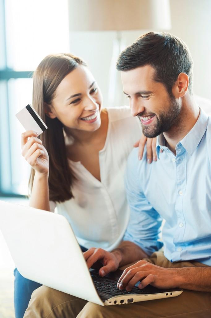 kupowanie-przez-internet-zakupy-online-sklepy-internetowe-esklepy-kupowanie-w-sieci-JulioBlog.pl-blog-Julii-recenzje-opinie-dotyczące-sklepów-internetowych-polecane-sklepy-oceny-opinie