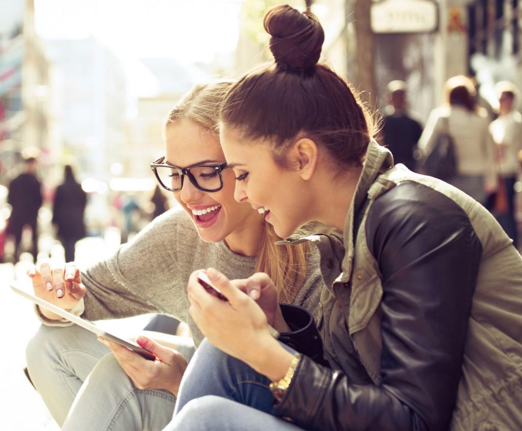 zakupy-online-kupowanie-przez-internet-zamówienia-w-sklepach-internetowych-JulioBlog.pl-blog-Julii-opinie-recenzje-sklepów-online-opinie-o-e-sklepach-robienie-zakupów-w-Internecie
