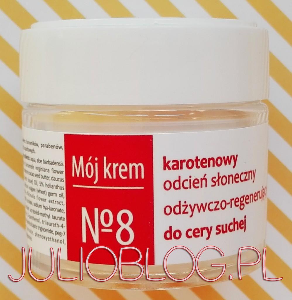 Odżywczo--regenerujący-Mój-krem-nr-8-Fitomed-do-skóry-suchej-odcień-słoneczny-krem-do-twarzy-skóra-sucha-olej-marchwiowy-odżywia-nawilża-koloryzacja-skóry-naturalne-kosmetyki-JulioBlog