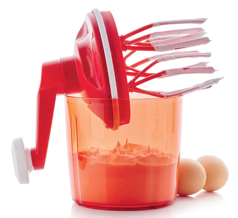 kuchcik-tupperware-akcesoria-kuchenne-gadżety-bez-użycia-prądu-mechaniczny-ubijacz-Kuchcik-Tupperware