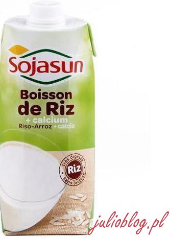 napój ryżowy naturalny SOJASUN z dodatkiem wapnia produkowany we Francji. Opakowanie 0,75l kosztuje 8zł. Napój ryżowy naturalny UHT. 0% laktozy. 0% cholesterolu, 0% białek zwierzęcych, 0% glutenu. Skład: woda źródlana, ekstrakt z ryżu 15%, olej słonecznikowy, fosforan wapnia, sól. Podawać zimne, lub podgrzane.