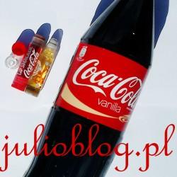 Balsam do ust o LIP SMACKER Coca Cola, błyszczyk do ust Rolly Lip Smacker Coca Cola Vanilla i napój Coca Cola Vanilla 1l