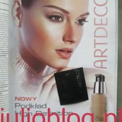 Rozświetlający podkład do twarzy High Definition Foundation ARTDECO, odcień 06