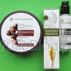 Serum i maska do włosów Yves Rocher. Odbudowująca maska do włosów Roślinna pielęgnacja włosów Yves Rocher (150ml w cenie 29,90zł), oraz Wzmacniające serum do włosów Roślinna pielęgnacja włosów Yves Rocher (30ml w cenie 27,90zł). Dziś dwa kosmetyki do włosów marki Yves Rocher, które lubię. Nowość – serum bez spłukiwania, oraz kosmetyk dostępny w ofercie marki od lat – odbudowująca maska z masłem karite. Wzmacniające serum do włosów Roślinna pielęgnacja włosów Yves Rocher – składniki. Wzmacniające serum do włosów Roślinna pielęgnacja włosów Yves Rocher (30ml w cenie 27,90zł) Serum wzmacniające do włosów to produkt do każdego rodzaju włosów, który sprawi, że staną się one piękne, mocne i jedwabiste w dotyku, jak po wizycie u fryzjera. Podwójne działanie dla włosów. Działanie upiększające: włosy są delikatne, jedwabiste i błyszczące, ale nie obciążone. Działanie pielęgnacyjne: włosy są wzmocnione i odporne na łamliwość, a ich włókna są bardziej wytrzymałe. Składniki: Naukowcy Yves Rocher połączyli mikro olejki 100% roślinne z odbudowującymi peptydami z Hibiskusa, tworząc niepowtarzalną formułę. Sposób użycia: Nakładaj na suche lub zwilżone włosy. Wyciśnij na dłoń 2-4 dozy serum (w zależności od długości włosów), rozprowadź produkt na całej długości włosów aż do końcówek. Nie spłukuj. Rodzaj opakowania i wielkość: 30 ml Wzmacniające serum do włosów Roślinna pielęgnacja włosów Yves Rocher – składniki (INCI): aqua/water/eau,squalane,glycerin,polyacrylate-13,simmondsia chinensis (jojoba) seed oil,olea europaea (olive) fruit oil,macadamia integrifolia seed oil,hydrolyzed hibiscus esculentus extract,dicaprylyl ether,decyl glucoside,panthenol,sodium benzoate,polyisobutene,glyceryl oleate,chondrus crispus powder (carrageenan),parfum/fragrance,citric acid,polysorbate 20,xanthan gum,sorbitan isostearate,salicylic acid,phenoxyethanol,benzoic acid. Wzmacniające serum do włosów Roślinna pielęgnacja włosów Yves Rocher (30ml w cenie 27,90zł), oraz Odbudowująca maska do włosów Roślinna